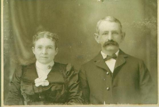 Mollie & John R. Fohl